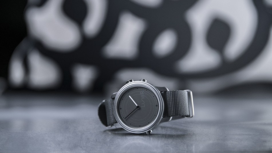 LunaR, the first solar smartwatch using Wysips Reflect modules of Sunpartner Technologies (copyright is Medcorp). (PRNewsFoto/Sunpartner Technologies)