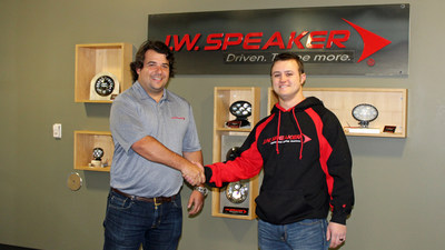 Levi Shirley announced as the second Ultra4 racer to be sponsored by J.W. Speaker for 2017. Levi races the Unlimited 4 Wheel Drive 4400 class as #81 Lucky Dog Racing.