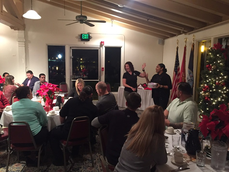 Wounded Warrior Project(R) (WWP) recently provided injured veterans and guests a break from the hustle and bustle of the season. The group attended a holiday dinner at the Marine Corps Recruit Depot's Bay View Restaurant.