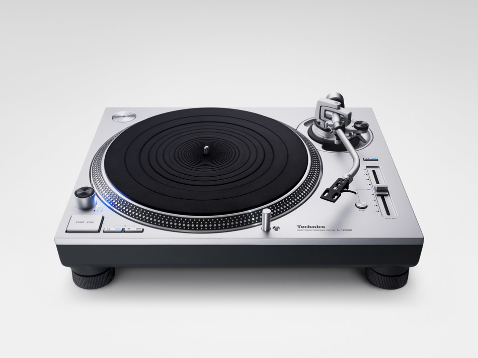 Technics launches the Grand Class SL-1200GR Direct-Drive Turntable System