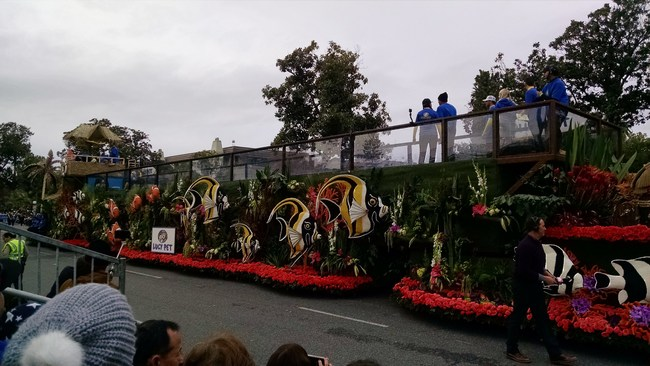 2017 Tournament of Roses Surfin' Dog Float Wins the Extraordinaire Trophy and Two Guinness World's Records for Longest and Heaviest Float sponsored by The Lucy Pet Foundation and American Wave Machines.