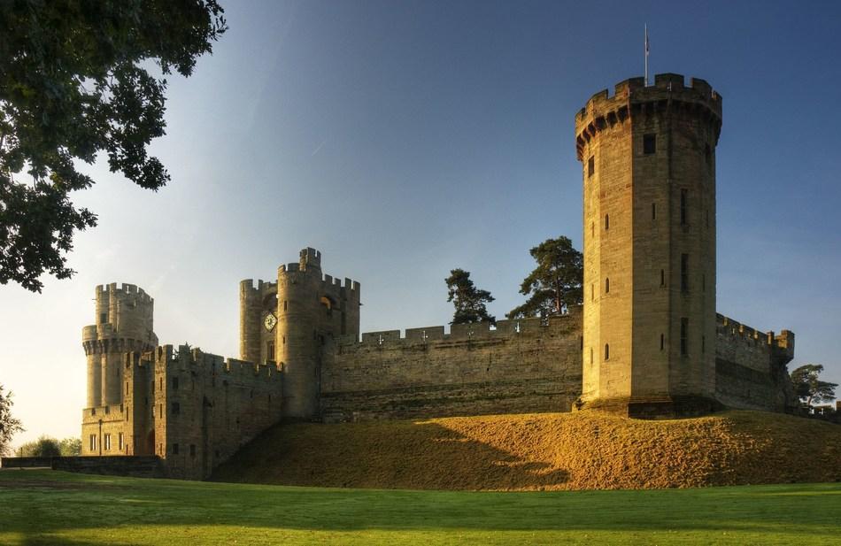 Warwick Castle East Front (PRNewsFoto/Warwick Castle)