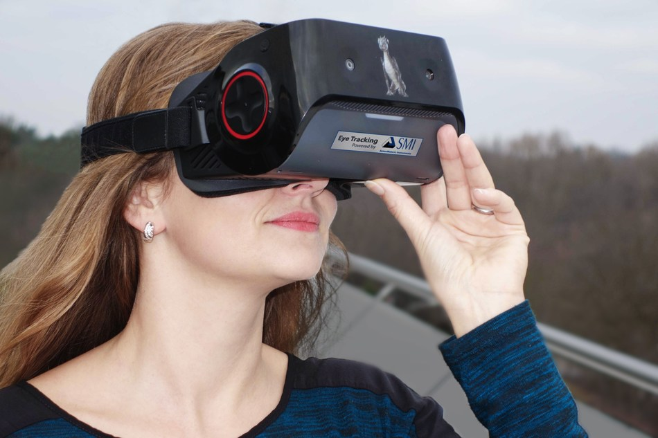 Qualcomm(R) Snapdragon[TM] VR820 reference platform with SMI eye tracking (PRNewsFoto/SensoMotoric Instruments GmbH (S)