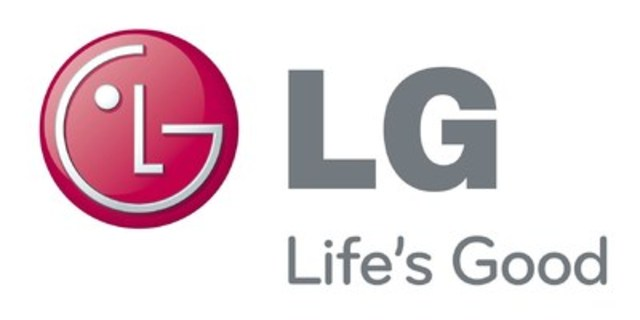 LG Electronics (LG) took the stage at CES 2017 to unveil its newest top-of-the-line LG SIGNATURE OLED TV W as the pinnacle of its new lineup of flat-panel TVs at CES 2017 (CNW Group/LG Electronics Canada)