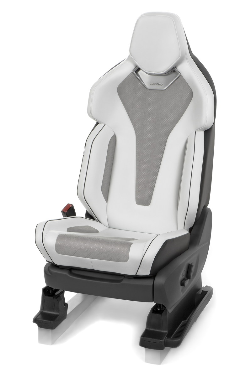 Premium Performance concept seat (PRNewsFoto/RECARO Automotive)