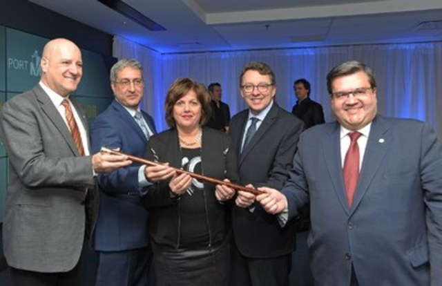 Michel Picard, Member of Parliament for Montarville representing the Honourable Marc Garneau, Minister of Transport of Canada; Denis Blondeau, President, SMK Tanker Agency Inc., representing Captain Danel Ju; Sylvie Vachon, President and CEO of the Montreal Port Authority; Jean D'Amour, Minister for Maritime Affairs, and Denis Coderre, Mayor of the City of Montreal. (CNW Group/PORT OF MONTREAL)