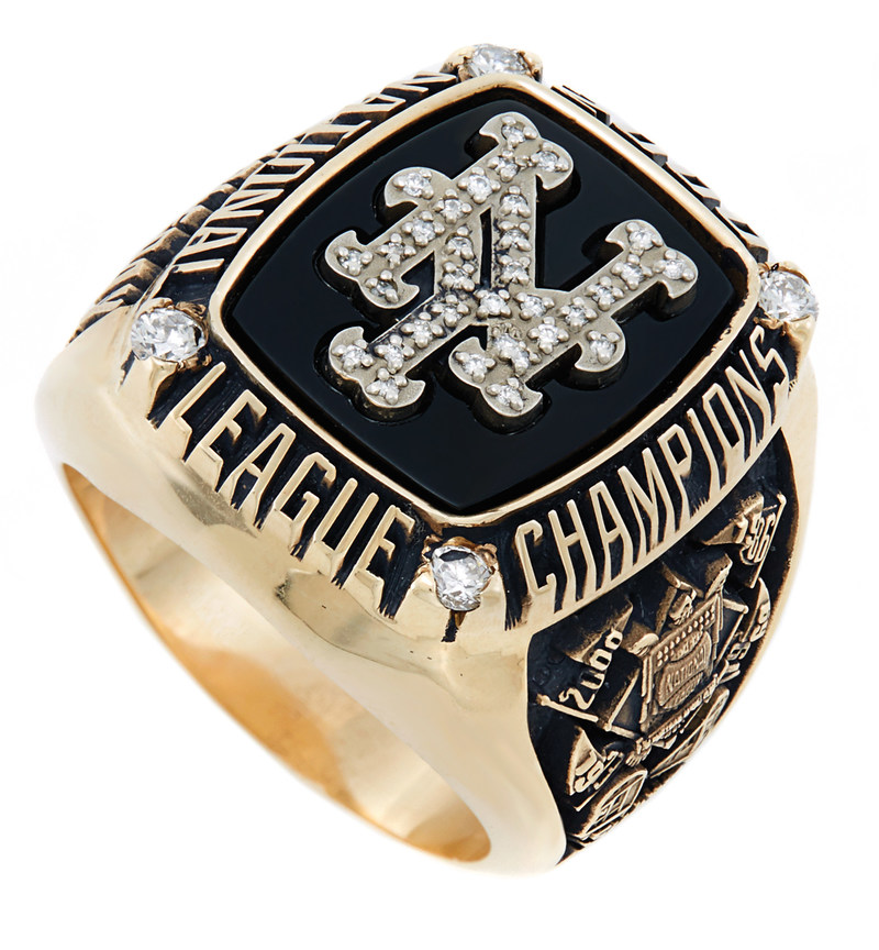 New York Mets 2000 National League Championship Ring from the Nelson Doubleday, Jr. Collection.