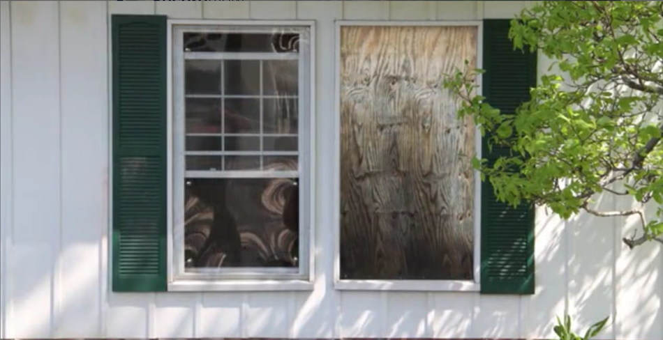 Community Blight Solutions - Clearboarding vs. Plywood Boarding