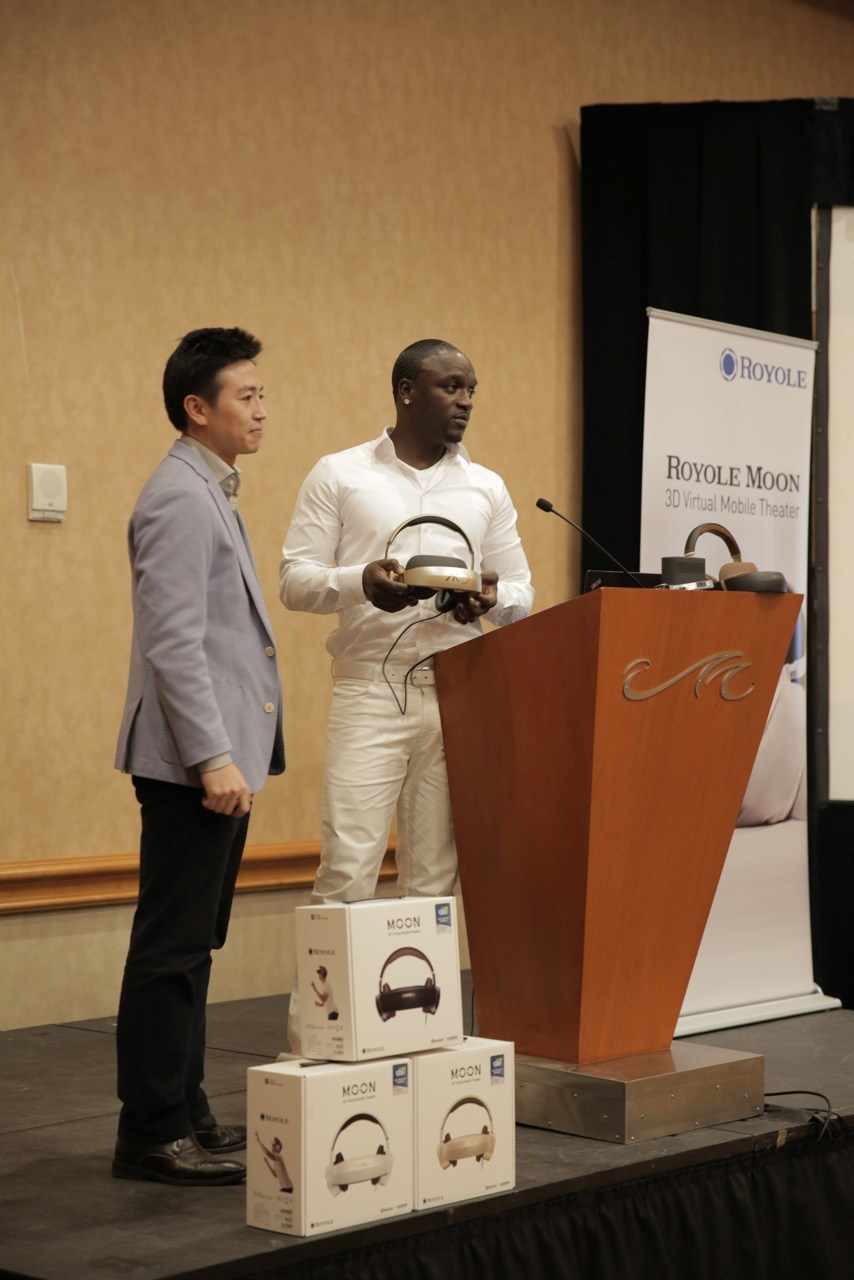 Royole Founder and CEO, Dr. Bill Liu, and its Chief Creative Officer, global R&B music icon, 5-time Grammy Award nominee and multi-platinum recording artist, Akon, speaking at their CES Power Session.