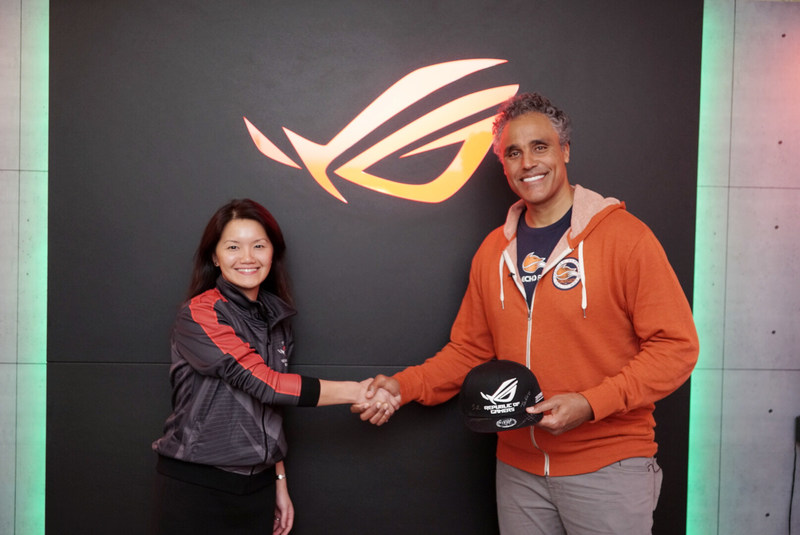 Vivian Lien, CMO at ASUS North America, and Rick Fox, Owner of Echo Fox, at CES 2017.