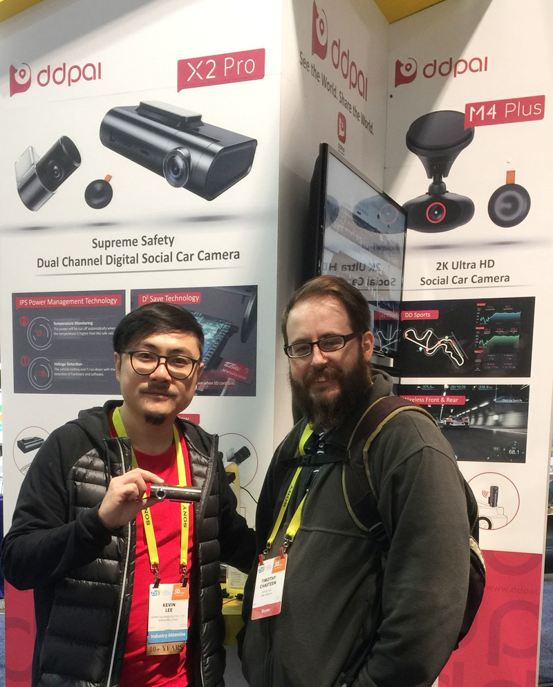X2 Pro, dual channel digital social car camera attracted a lot of attention of buyers like Timothy at CES 2017.