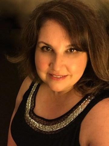Mary Jo Milhomens, ARP (Groupe CNW/Société canadienne des relations publiques)