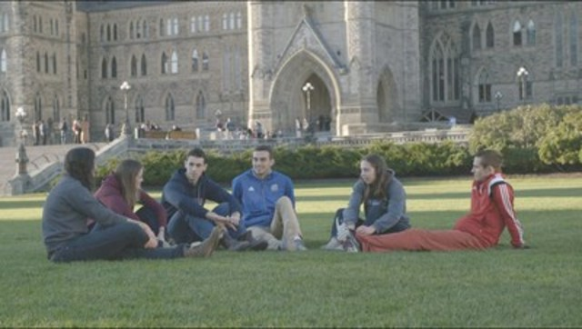 University student-athletes discuss mental health and sport in Ottawa on Parliament Hill. (CNW Group/Bell Canada)