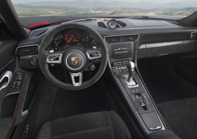 Porsche 911 Carrera 4 GTS 2017. (Groupe CNW/Automobiles Porsche Canada)