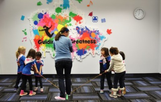 These five and six-year-old girls from a Toronto Sparks unit participate in a Mighty Minds activity, the new mental health programming from Girl Guides of Canada. (CNW Group/Girl Guides of Canada)