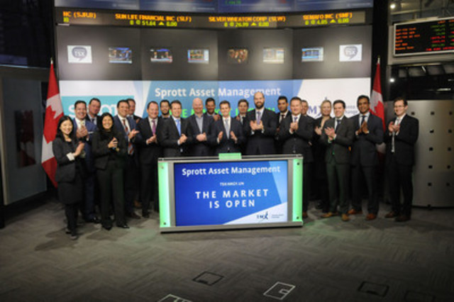 James Fox, President, alongside Eric Nuttall, Portfolio Manager, Sprott Asset Management LP, joined Dani Lipkin, Business Development, Exchange Traded Funds, Closed-End Funds, and Structured Notes, TMX Group to open the market to launch Sprott Energy Opportunities Trust (NRGY.UN). Sprott Asset Management LP is an independent asset management company that manages the Sprott family of mutual funds, hedge funds, physical bullion funds and specialty products. NRGY.UN commenced trading on Toronto Stock Exchange on December 20, 2016. (CNW Group/TMX Group Limited)