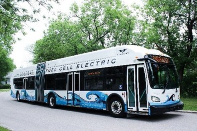 New Flyer XHE60 Hydrogen-Electric (CNW Group/New Flyer Industries Inc.)