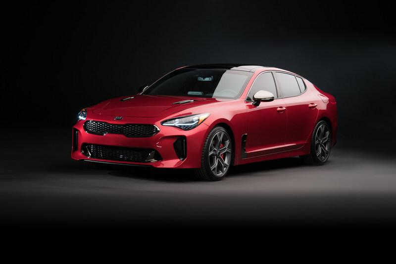 2018 Kia Stinger Receives EyesOn Design Award for Production Car Design Excellence