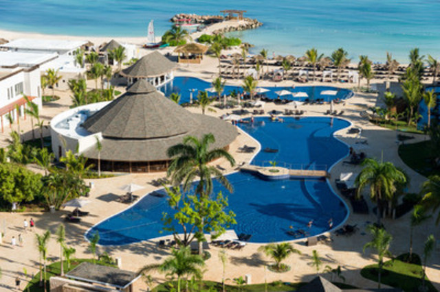Royalton White Sands (CNW Group/Sunwing Vacations)