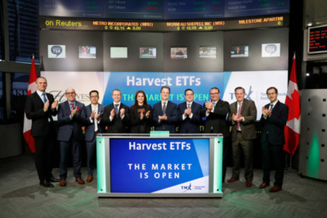 Michael Kovacs, President and CEO, Harvest ETFs, joined Dani Lipkin, Head, Business Development, Exchange Traded Funds, Closed-End Funds, and Structured Notes, TMX Group to open the market to launch the conversion of four of its Closed-End Funds into Exchange-Traded Funds: Brand Leaders Plus Income ETF (HBF); Healthcare Leaders Income ETF (HHL); US Buyback Leaders ETF (HUL); and Energy Leaders Plus Income ETF (HPF). Harvest Portfolios Group Inc., manager of the Funds, is a Canadian Investment Management company focused on long-term income generating investment products. HBF; HHL; HUL; and HPF commenced trading on Toronto Stock Exchange on October 24, 2016. (CNW Group/TMX Group Limited)