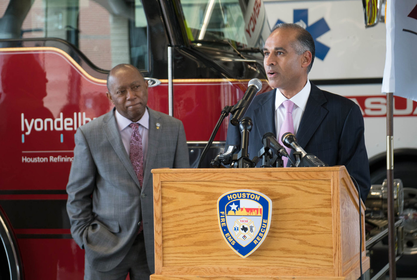Houston Mayor Sylvester Turner joins LyondellBasell CEO Bob Patel as he announces the donation of $100,000 for Houston-area firefighters to attend specialized HazMat training.