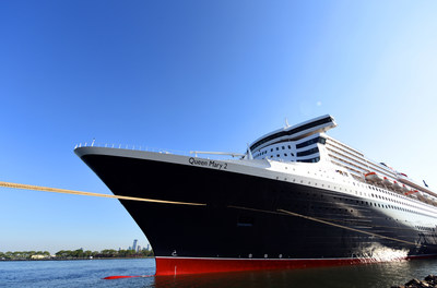 queen mary 2 named best luxury cruise ship in travel weekly readers choice awards