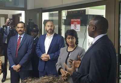 President of the Republic of Mauritius, H.E. Ameenah Gurib-Fakim (center), visits the Accra, Ghana, lab of the United States Pharmacopeial Convention (USP) Center for Pharmaceutical Advancement and Training (CePAT) with Ronald T. Piervincenzi, Ph.D. (left), chief executive officer, USP, and Patrick H. Lukulay, Ph.D. (right), vice president of Global Health Impact Programs for USP.