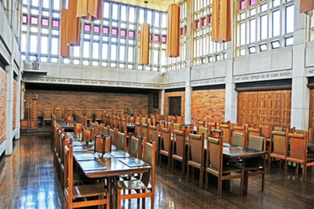 The dining hall at Massey College, host of the 2017-18 Scotiabank/CJFE Journalism Fellowship. (CNW ...