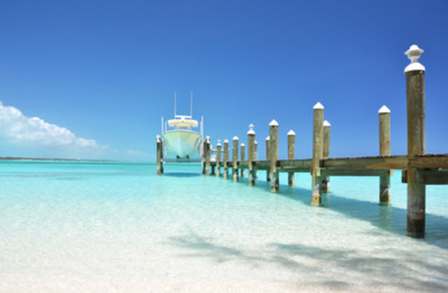 Vacation Express Brings Non-Stop Service to Grand Bahama Island from New Orleans (CNW Group/Vacation Express)