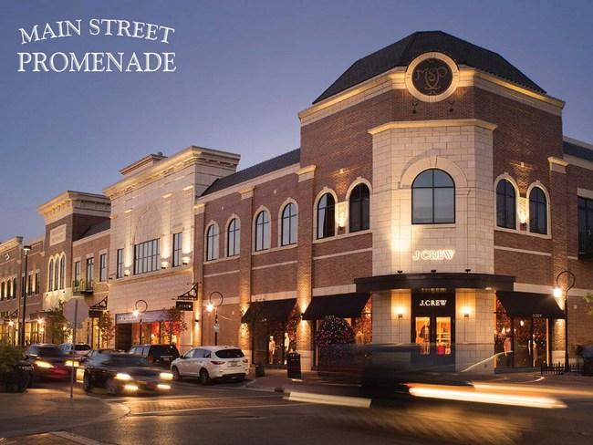 Main Street Promenade, Naperville, Illinois
