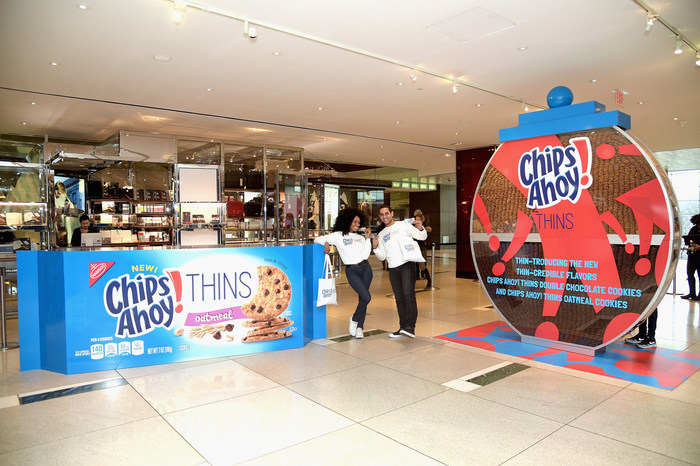 Chips Ahoy! THINS Celebrates New Oatmeal and Double Chocolate Flavor Varieties with 'THIN-credible' 10-Foot-Tall Cookie Jar