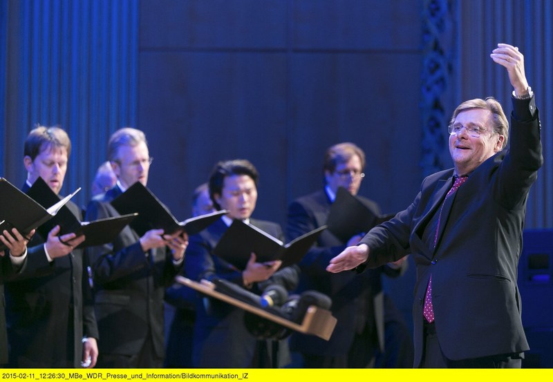 Stefan Parkman is to continue to conduct the WDR Radio Choir Cologne (WDR Rundfunkchor Köln). The WDR has extended his contract, which has been running since the 2014-2015 season, for a further three years until the summer of 2020. (PRNewsFoto/WDR)
