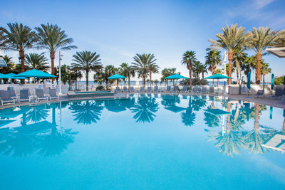 Steps away from Pier 60, the hotel offers stunning Gulf Coast views as well as a pool, spa, signature dining and more than 22,000 square feet of event space including the Dunes Ballroom, the largest ballroom in Pinellas County.