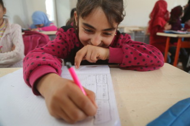 On 16 January 2017, a girl in a Turkish language class in Nizip 1 refugee camp, Gaziantep, southern Turkey. Nizip 1 camp is home to over 10,000 Syrian refugees, including more than 5,000 children. UNICEF has equipped the camp with 24 school containers and 1 prefabricated school, thus providing quality education to nearly 4,000 children. UNICEF is also offering monthly incentives to teachers, psychosocial support sessions to children, and good-parenting sessions for caregivers. ©UNICEF/UN048838/ (CNW Group/UNICEF Canada)