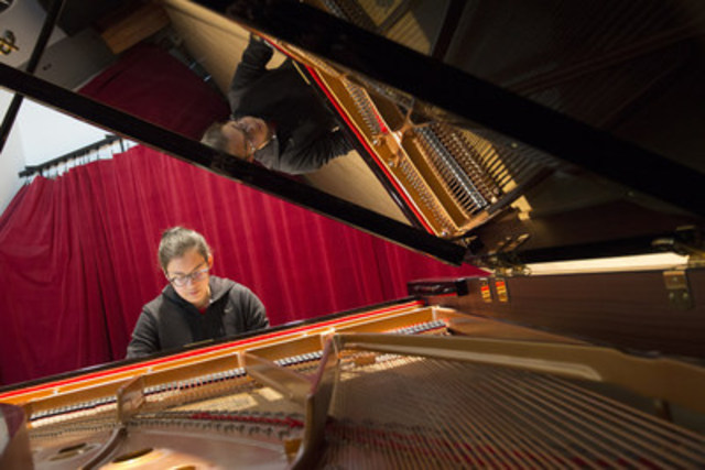 Émily Oulousian, élève de Richard Raymond, étudie le piano au Conservatoire de musique de Montréal depuis 2014. (Groupe CNW/Conservatoire de musique et d'art dramatique du Québec)