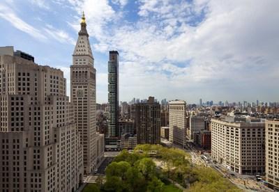 One Madison, an award-winning residential tower in New York City designed by CetraRuddy, sponsor of the new CCNY housing studio. Photo by David Sundberg / Esto.