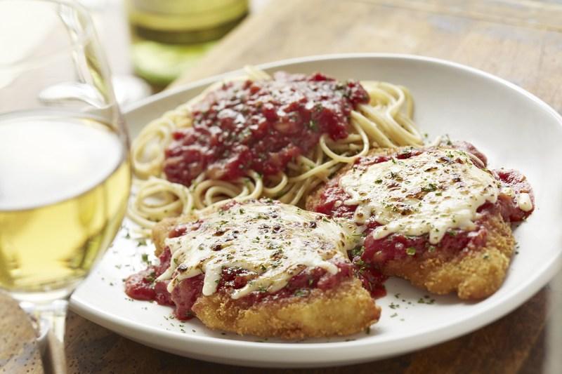 Olive Garden Never Ending Classics Chicken Parmigiana Dinner