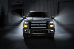 The Ford Owner Loyalty Sale at Holiday Ford is delivering bonus cash on new 2016 Ford F-150s for eligible consumers.