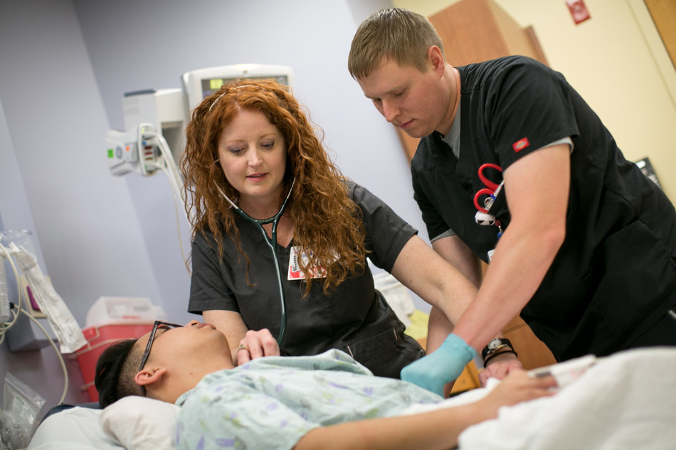 Emergency room nurse Lori Kenyon finished her nursing degree in less than a year through the University of Wisconsin Flexible Option.