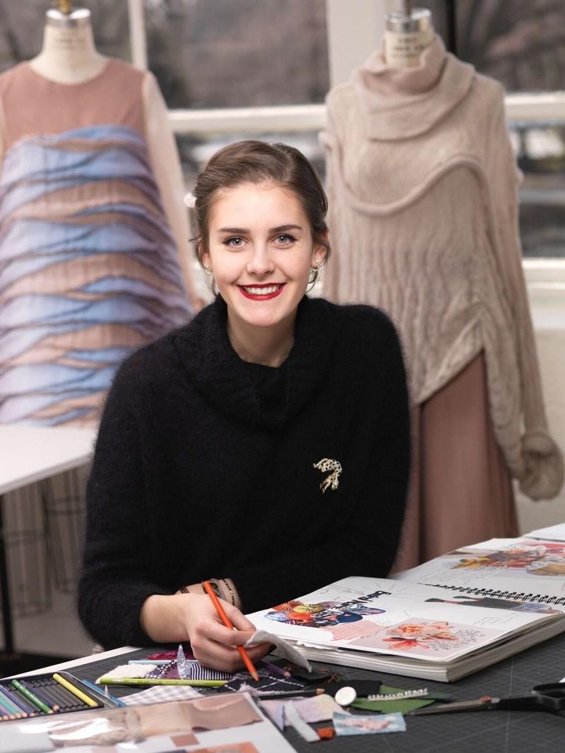 Philadelphia University fashion student Vivian Cooper won the top YMA Fashion Scholarship Fund award at the Geoffrey Beene National Scholarship Awards Dinner.