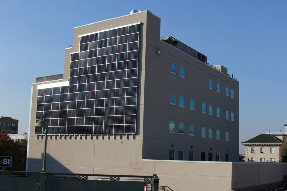 """Urban Health Plan installed a 37kW """"solar wall"""" onto the Simpson Health Pavilion in the Bronx. Designed by Quixotic Systems, the solar PV system makes optimal use of vertical space in an urban area."""