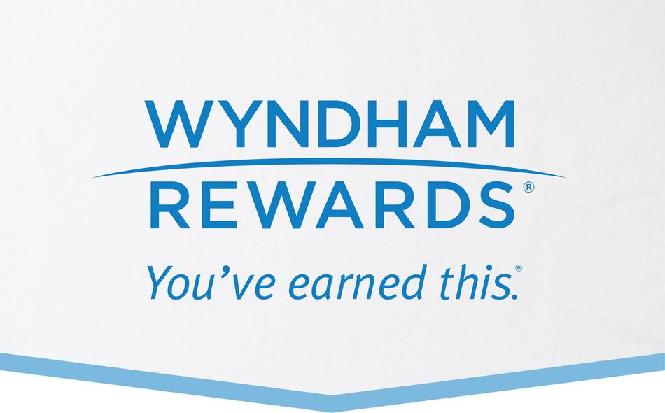Wyndham Rewards logo (PRNewsFoto/Wyndham Worldwide)