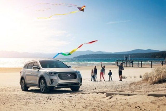 The 6-or-7 passenger Hyundai Santa Fe XL SUV received one of the highest ratings by real-world Canadians that bought the vehicle, achieving a score of 9 out of 10 as measured by user-generated content provider Reevoo. Hyundai will begin publishing customer reviews on its website later this month. (CNW Group/Hyundai Auto Canada Corp.)