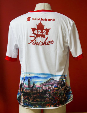 "2017 Scotiabank Calgary Marathon T-shirts featuring David Crighton's iconic ""Canada Coast to Coast"" illustration (CNW Group/Scotiabank Calgary Marathon)"