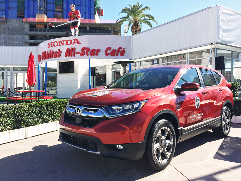 """""""Stan Mikita's All-Star Cafe Presented by Honda"""" Announces Exciting Schedule During 2017 Honda NHL All-Star Weekend in Los Angeles"""