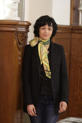 Emmanuelle Charpentier, during a photo session yesterday in the Berlin-Brandenburg Academy of Sciences.