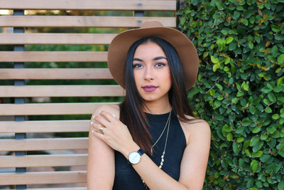 "Makeful's new show, ""3 Minute DIY"" asks viewers,What Can 'You Create in 180 Seconds?' and is hosted by social influencer and YouTube creator, Jeanine Amapola. Tune in each week on Thursdays to: www.bemakeful.com."
