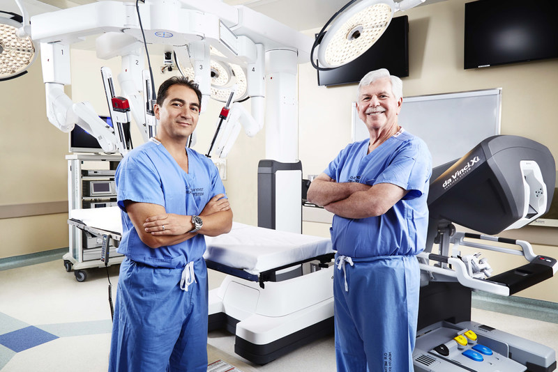 Methodist Dallas Medical Center transplant surgeons Alejandro Mejia, MD, FACS, and Richard Dickerman, MD, FACS, performed the first robotic auto-transplantation in North Texas using the da Vinci(R) Surgical System.