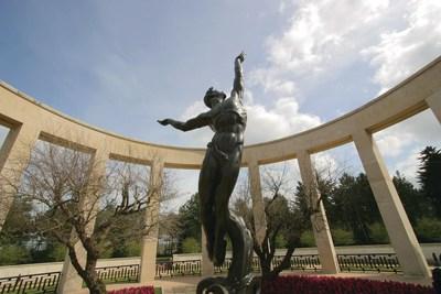 Statue at the Omaha Beach Memorial in the Omaha Beach Cemetery.