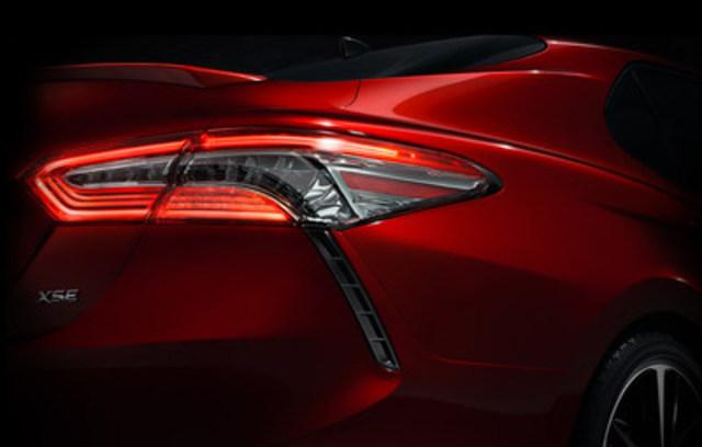 Lexus présente un trio d'étonnants débuts canadiens et nord-américains au prochain salon de l'auto international de Toronto. Du Concept UX - le dernier VUS compact - à l'avant-gardiste berline LF-FC propulsée à l'hydrogène, et bien plus encore, ne manquez pas le kiosque Lexus regroupant superbe design, ergonomie étonnante et performance indéniable. (Groupe CNW/Toyota Canada Inc.)
